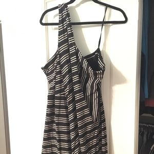 Anthropologie black and white one strap dress!